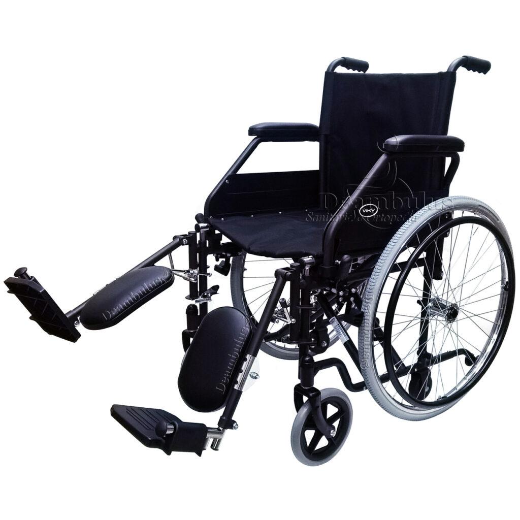 Sedia a rotelle pieghevole con alzagambe per disabili ...